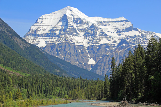 """<p>Mount Robson Provincial Park, B.C.</p><p class=""""lightbox-share""""><span>Share: </span><a class=""""lightbox-fb"""" href=""""javascript:void(0);"""">Facebook</a><a class=""""lightbox-twit"""" href=""""https://twitter.com/home?status=I%20voted%20for%20Mount%20Robson%20in%20the%20Cornice%20Calendar%20Contest.%20Choose%20your%20favourite%206%20photos:%20http://ow.ly/yCSmZ"""" target=""""_blank"""">Twitter</a></p><input type=hidden class=voteid value=1648 />"""