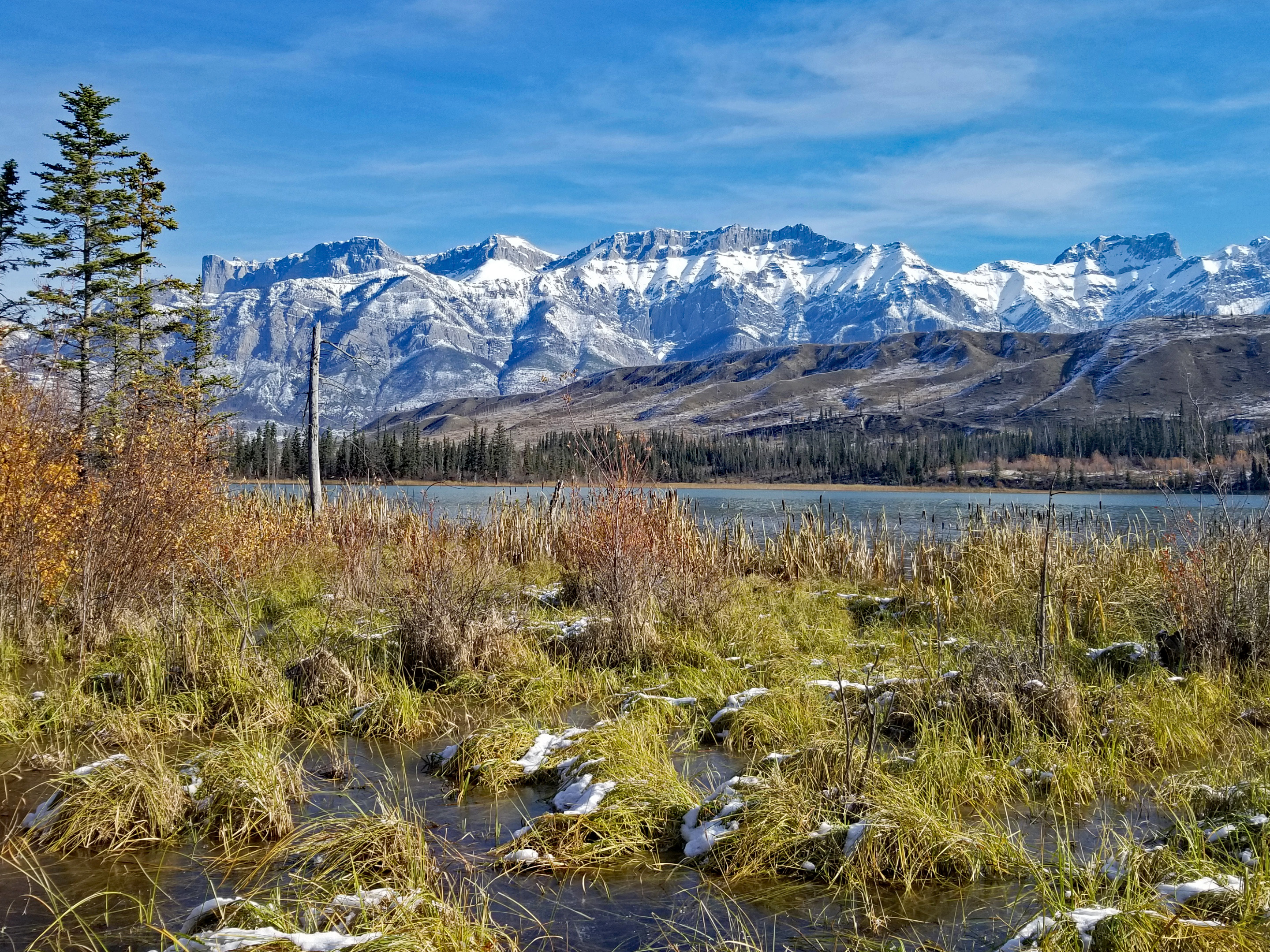 """<p>Talbot Lake, Jasper National Park, AB</p><p class=""""lightbox-share""""><span>Share: </span><a class=""""lightbox-fb"""" href=""""javascript:void(0);"""">Facebook</a><a class=""""lightbox-twit"""" href=""""https://twitter.com/home?status=I%20voted%20for%20Talbot%20Lake%20in%20the%20Cornice%20Calendar%20Contest.%20Choose%20your%20favourite%206%20photos:%20http://ow.ly/yCSmZ"""" target=""""_blank"""">Twitter</a></p><input type=hidden class=voteid value=1934 />"""
